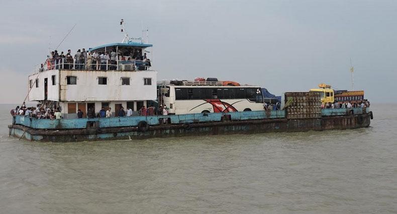 শিমুলিয়া-কাঁঠালবাড়ি নৌপথে ফেরি চলাচল বন্ধ