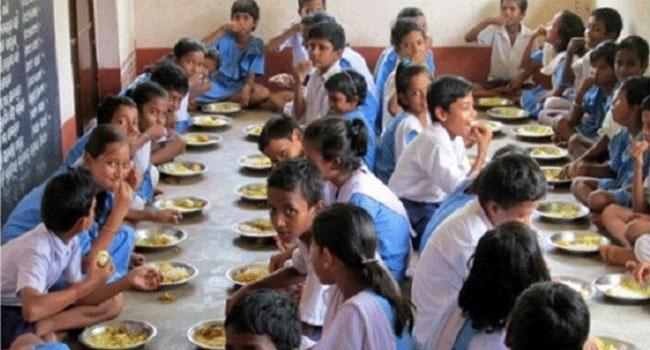 প্রাইমারি স্কুল ফিডিং কর্মসূচি: খরচ হবে ১ হাজার ৭১৮ কোটি টাকা